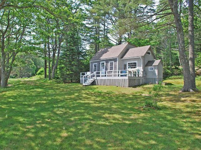Ledgewood Cottage w/ private dock on Penobscot Bay