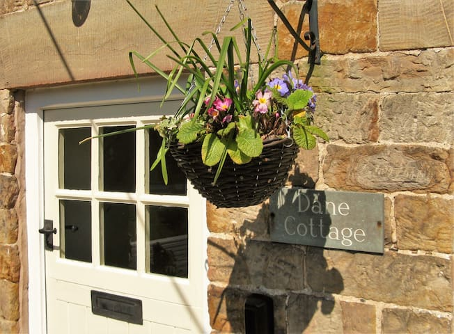 ROMANTIC, MAGICAL, COTTAGE RETREAT- Peak District - Wincle, Macclesfield - Hus