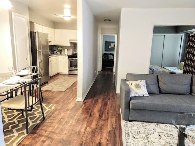 Sweet Nest in Central Raleigh-2br/1bath