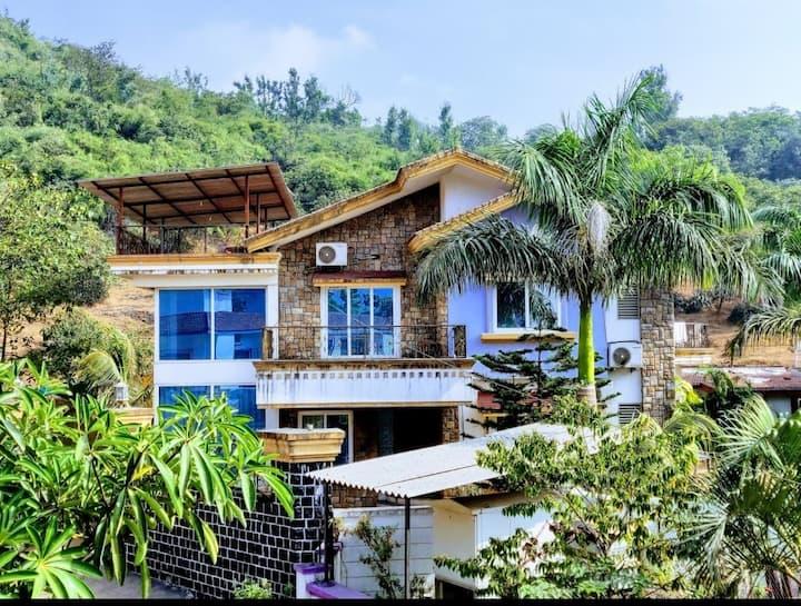 Infinity Villas   Nirvana - 4 Bed Villa with Pool
