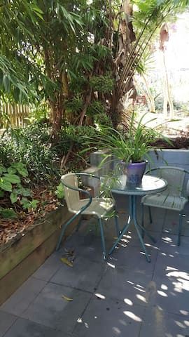 Lovely self contained apartment. - Nambour - Leilighet