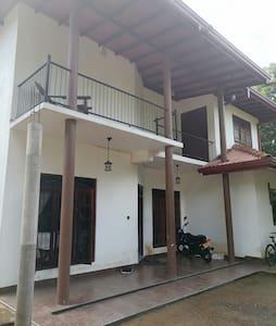 Kavi Villa Place