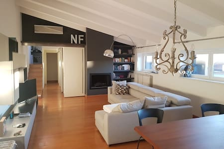 Cozy tiny bedroom in the heart of Milan