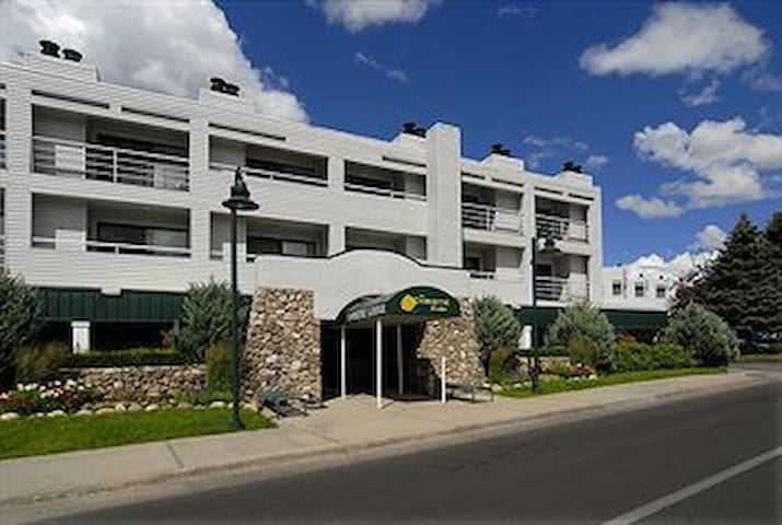 Christie Lodge one bedroom Avon, CO Beaver Creek