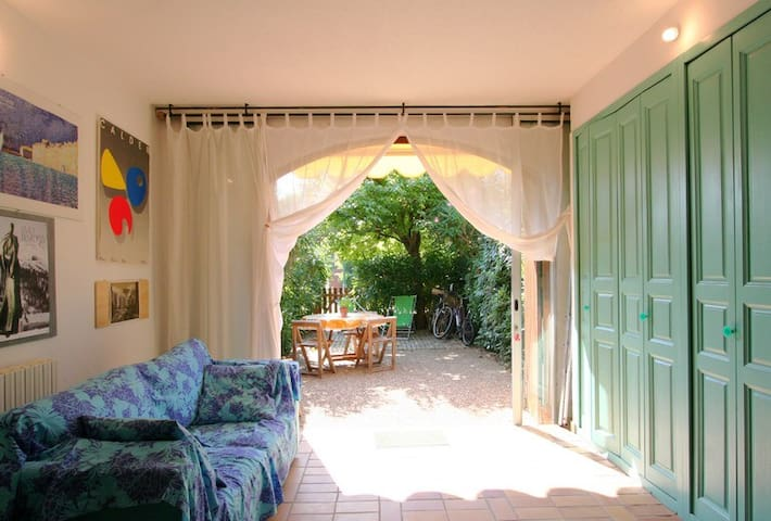 Jolie appartement devant la mer,avec jardin - Grimaud