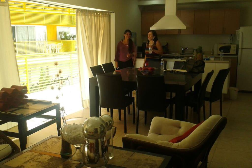 Amplia sala comedor