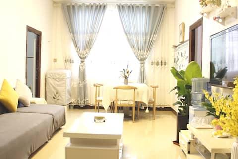 百禾·家温馨小屋(荔波县城)三室一厅120平#可住6人,带花园秋千,免费停车,近小七孔。