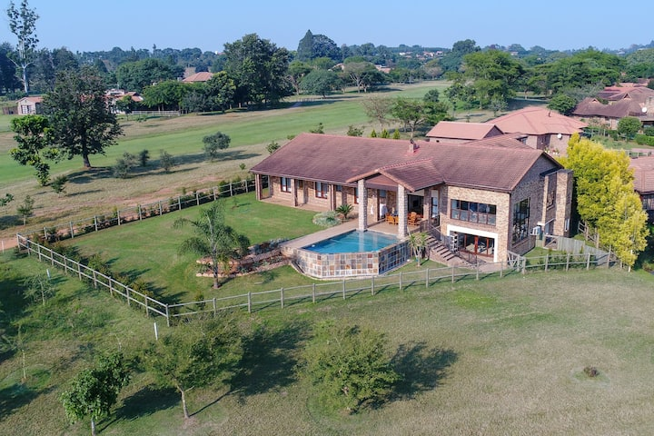 African Sunset Villa - White River Country Estate