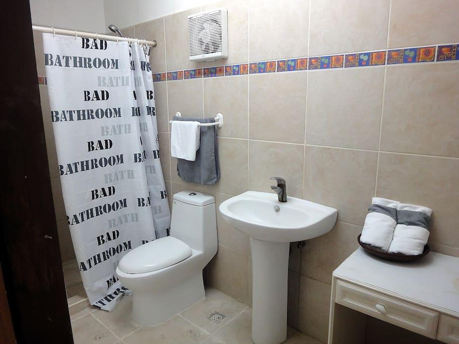 room 101 bath room