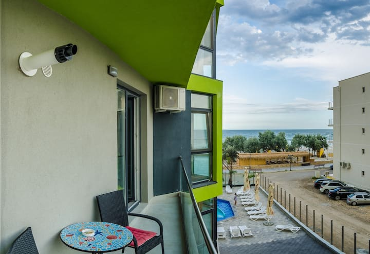 Apartament Azzuro on the beach (Bl. E, Et.2)