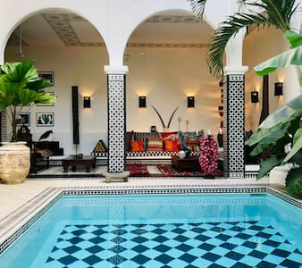 Casa La Sultana - Your luxury home away from home.