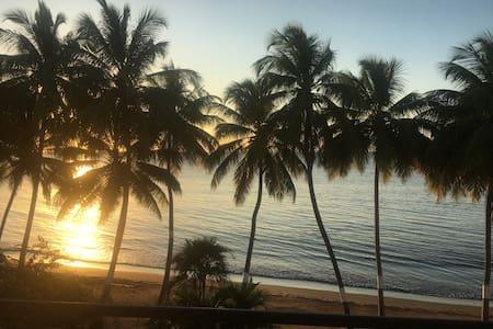 Front Beach apartment - Cabo Rojo - Lakás