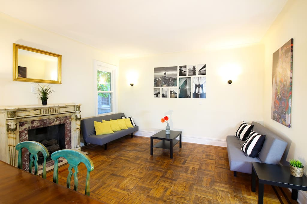 Big 4 Bedroom Apartment Near Subway All Renovated