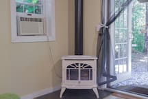 Gas fireplace and air conditioner