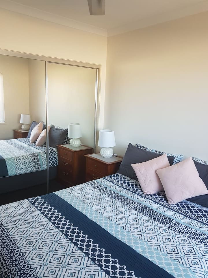 2nd bedroom available for additional guests in the same party.
