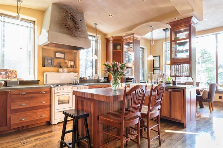 Award Winning Truckee Cabin