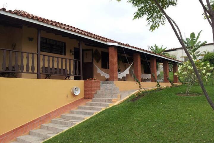 Sua suite em Águas de São Pedro - Águas de São Pedro - House