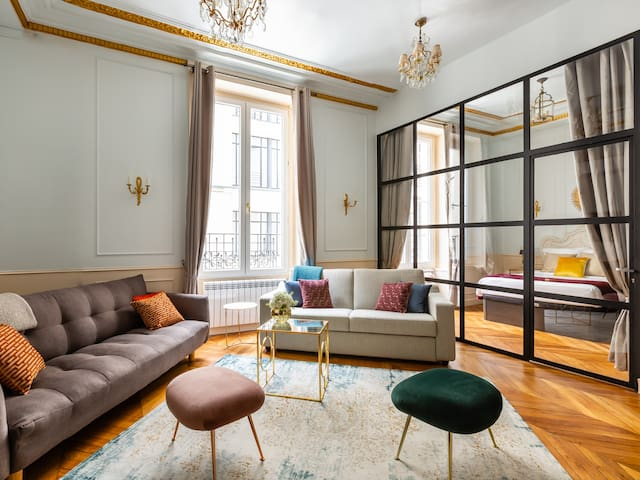 Luxury 3 Bedroom 2 Bathroom - AC - Louvre & Marais
