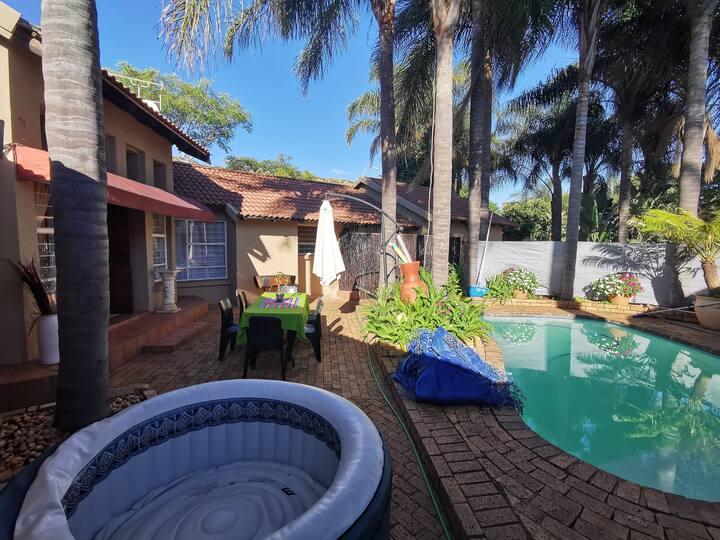 Palm tree accommodation2