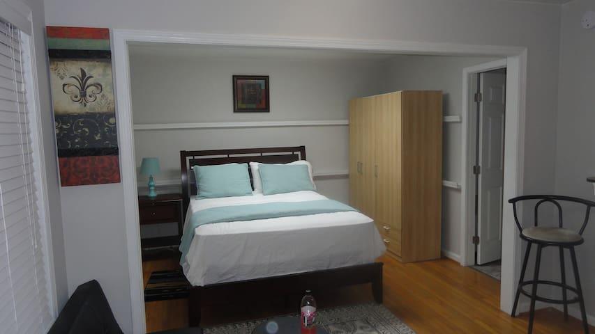 Atlanta/Tucker  North lake Mall one bedroom A