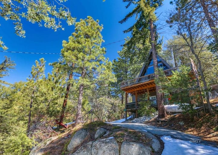 Secluded A-Frame Cabin just Minutes from Town