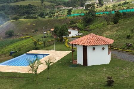 Cabaña campestre Zona rural Curiti - Curiti