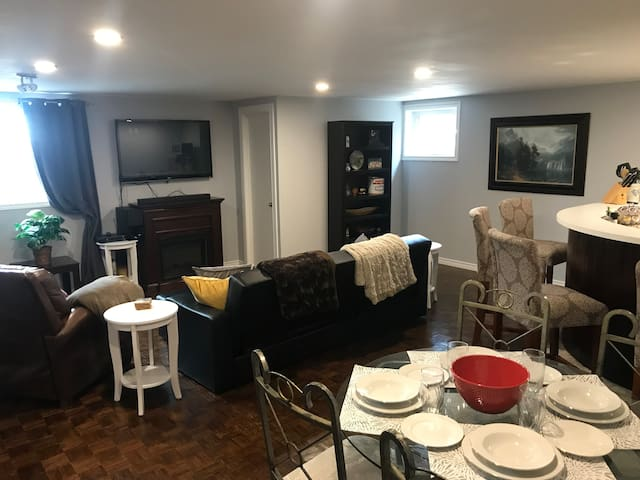 Spacious basement; easy access to local amenities