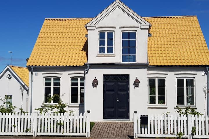 Hus i Höganäs - natur och shopping inpå knuten!