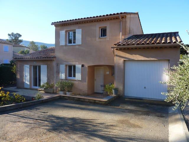 Provence Villa les Quatre Tonnelles - Nans-les-Pins - Villa