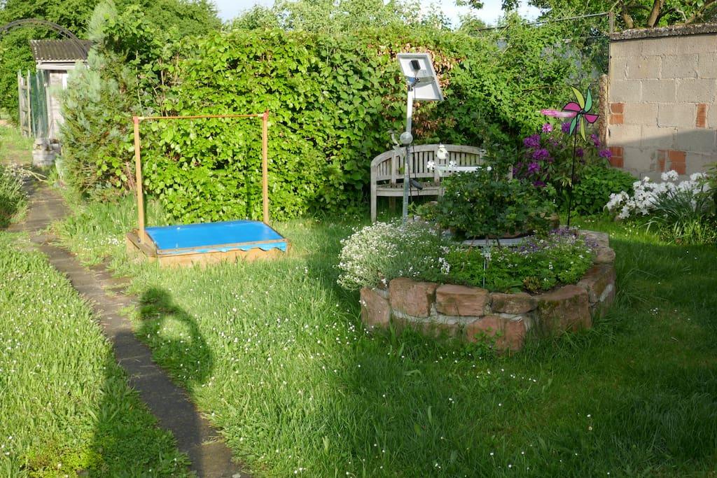 Ein toller Garten zu entspannen