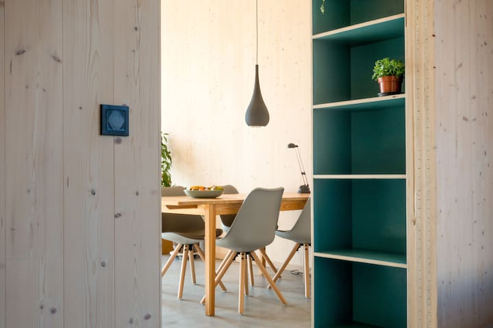 Light & spacious room in popping up neighborhood