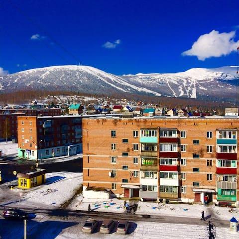 Квартира Дзер на горнолыжном курорте ШЕРЕГЕШ