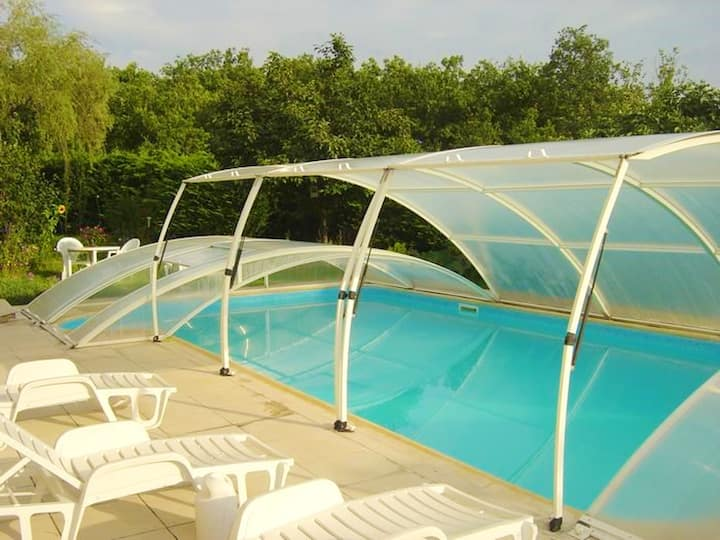 House with 4 bedrooms in Sarrazac, with private pool, enclosed garden and WiFi