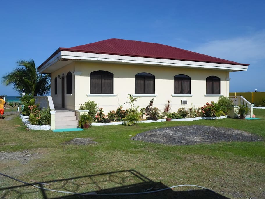 Duplex Unit with TV, Hot Shower and Airconditioning