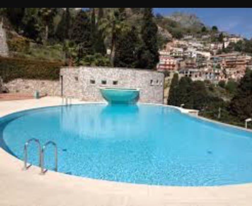 In residence con piscina vista mare appartements louer - Residence con piscina in sicilia ...