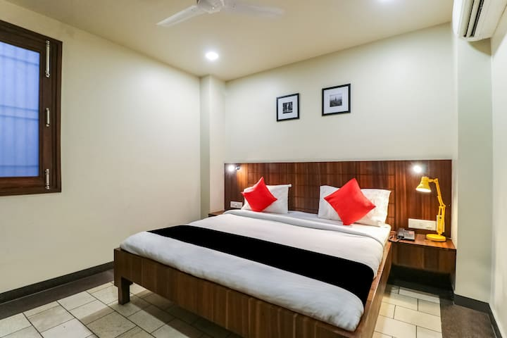 OYO Capital O Furnished Room in Delhi