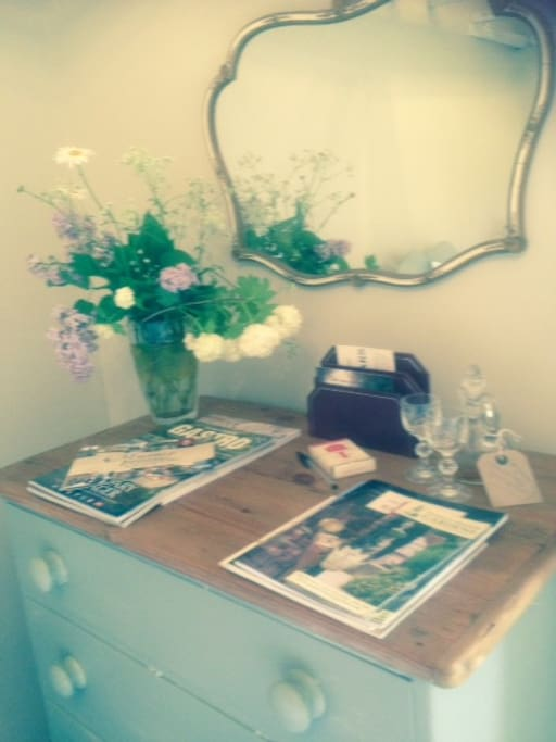 flowers in bedroom, magazines, books, chocolates and a welcome sherry!..