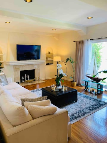 5Minutes to Beverly Center, Private Bed with W/D