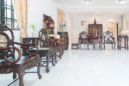 Cozy Family House 5BR Double Storey - Klang