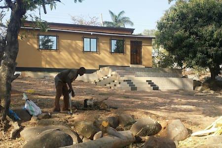 Modern house for rent in Bugando - Casa