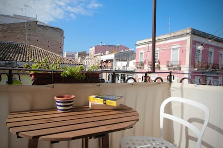 Superbright Close To ORTIGIA!  Bikes+WiFi+Balcony
