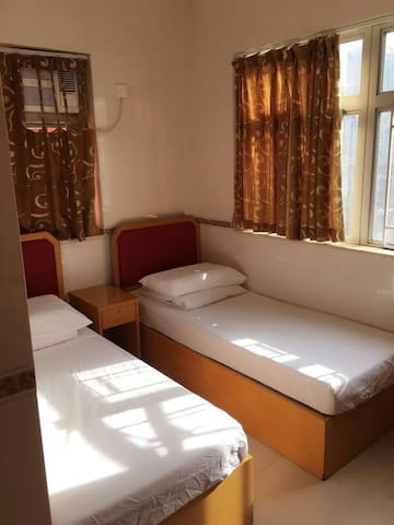 A clean room with perfect location - Hong Kong - Bed & Breakfast