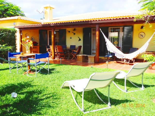 BEACH VILLA A FEW STEPS FROM BEACH - Porto Santo
