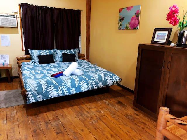 杜马盖地南木海景私人度假别墅高级房(大床)king size bed room