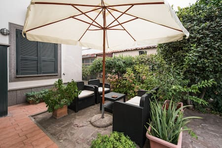 A due passi da Roma... - Marino - Bed & Breakfast