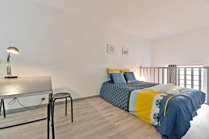 Charmant deux-pièces de 37 m2 avec belle terrasse