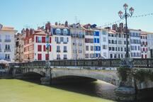 Centre de la belle ville de Bayonne