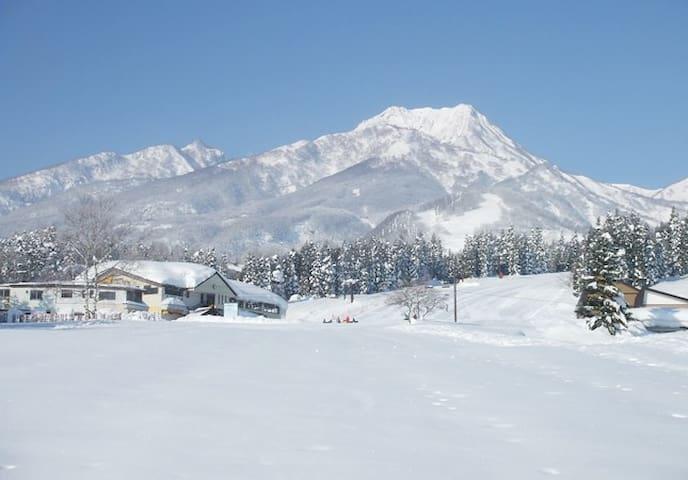スキー、スノーボードの宿泊に!2DK、駐車場付き、アパートの一室! - Myoko