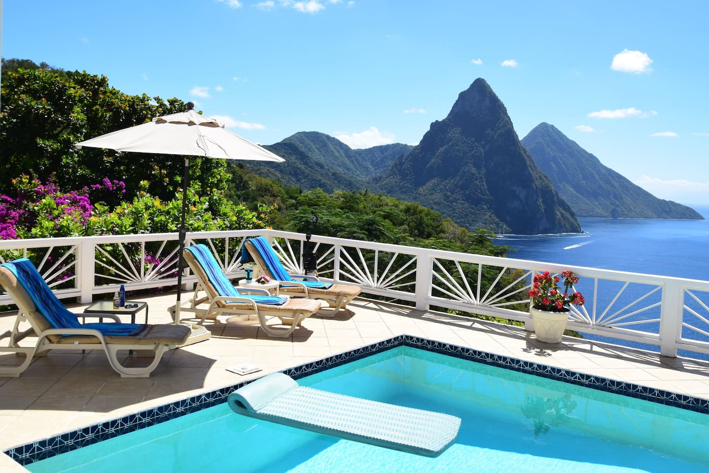 What a way to spend the day! Sun, chaise lounges, floaties, amazing  views!