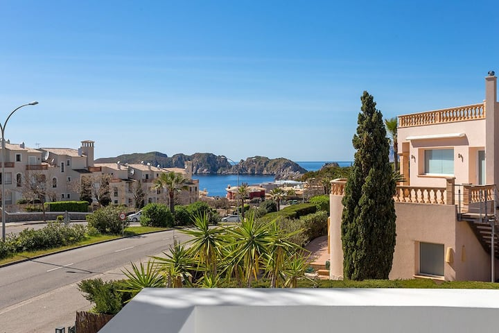2705 High quality villa in Nova Santa Ponsa
